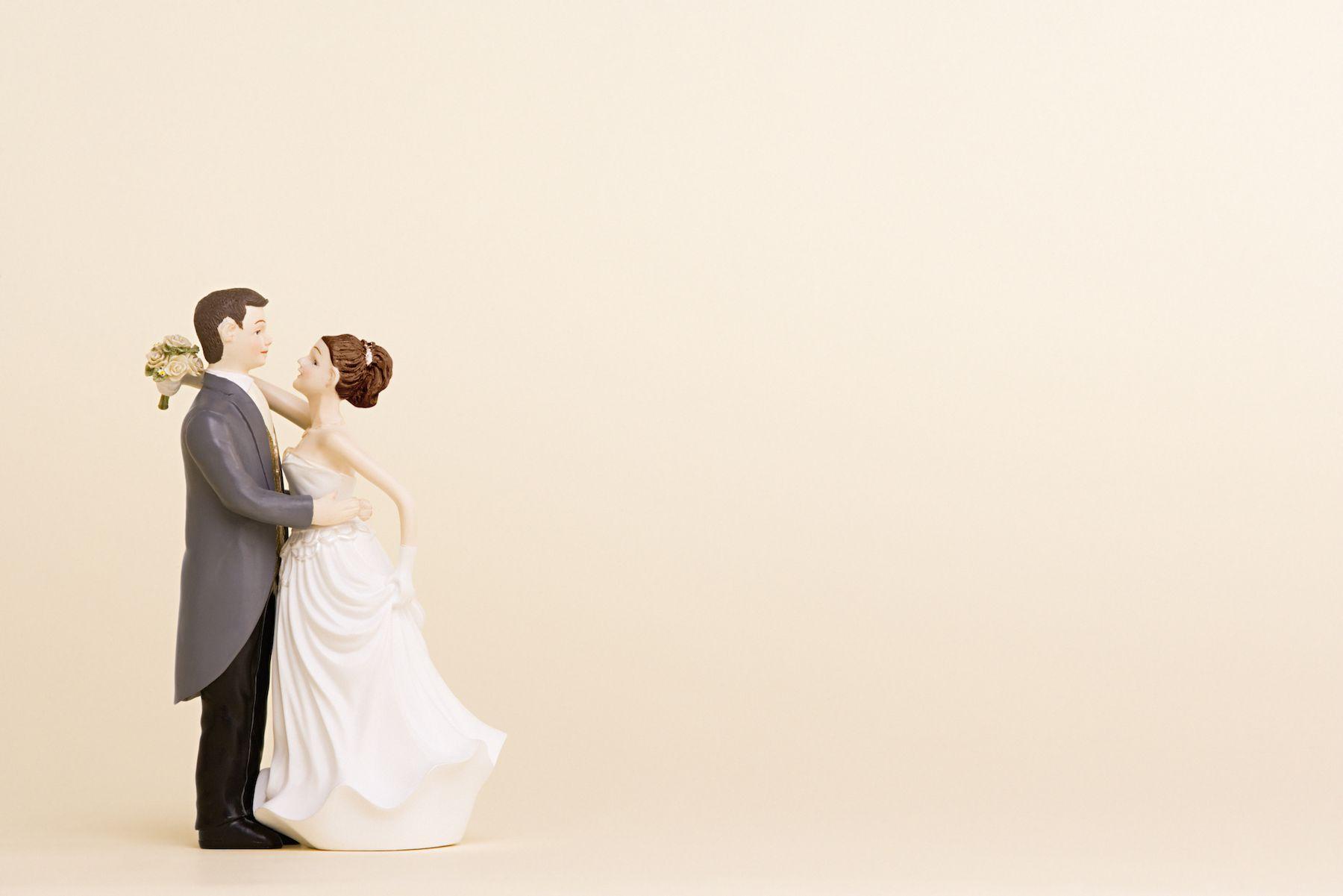La paradoja del matrimonio: expectativas y realidad sobre las configuraciones familiares de los jóvenes